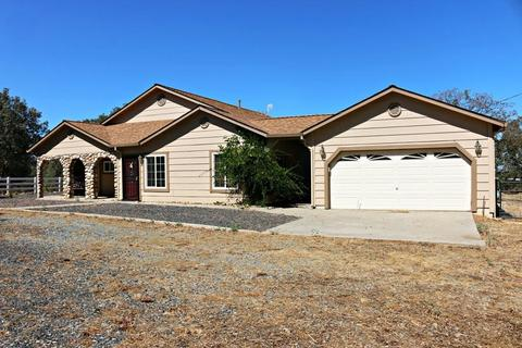 3772 Highway 132, Coulterville, CA 95311