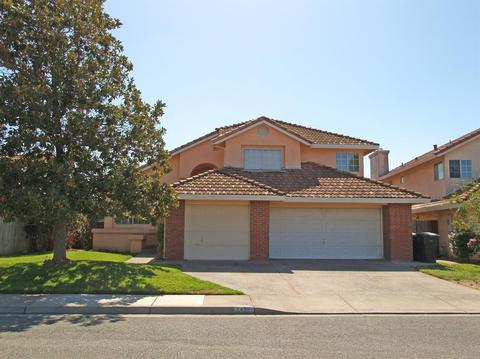 1439 Purcell Ct, Oakdale, CA 95361