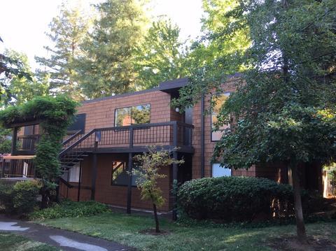 796 Woodside Ln #3, Sacramento, CA 95825