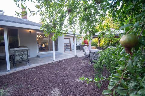 2673 Dawes St, Rancho Cordova, CA (36 Photos) MLS# 18050597 - Movoto