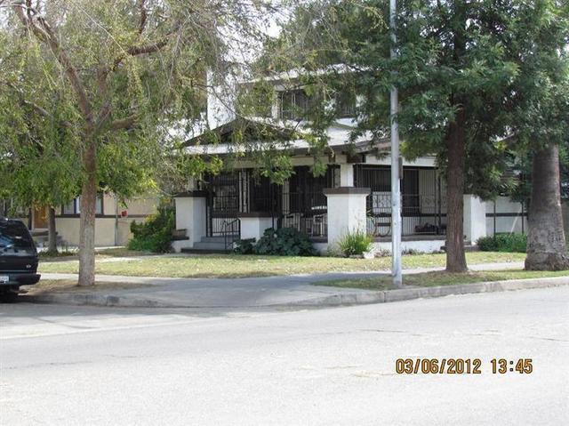 3104 E Kerckhoff Ave, Fresno, CA 93702