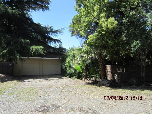 4471 N Bungalow Ln, Fresno, CA