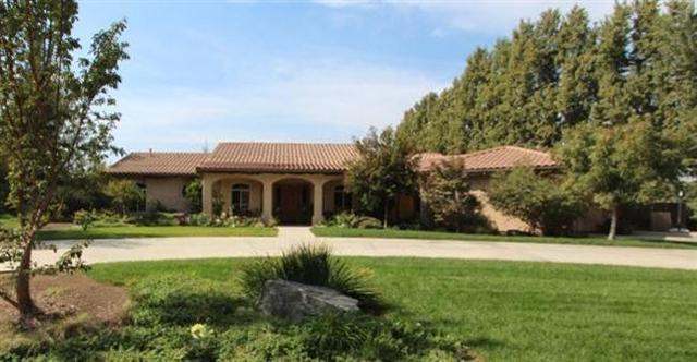 317 N Kingswood Pkwy, Reedley, CA