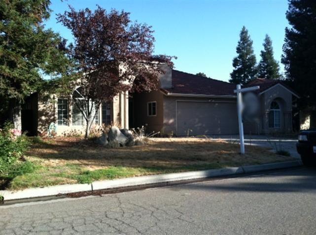 1876 E Richmond Ave, Fresno, CA