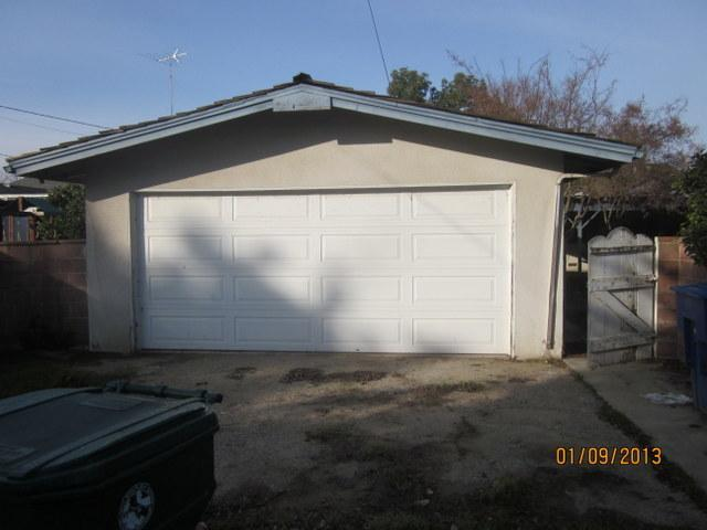 1172 S Hope Ave, Reedley CA 93654