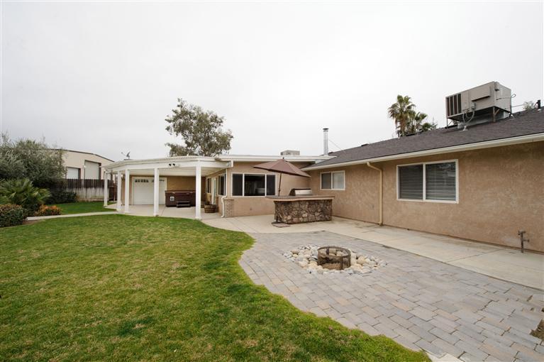 5211 E Shepherd Ave, Clovis CA 93619