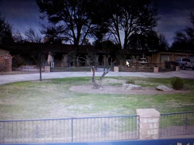 11782 E Belmont Ave, Sanger, CA 93657