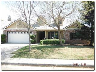 8246 N Dearing Ave, Fresno, CA 93720