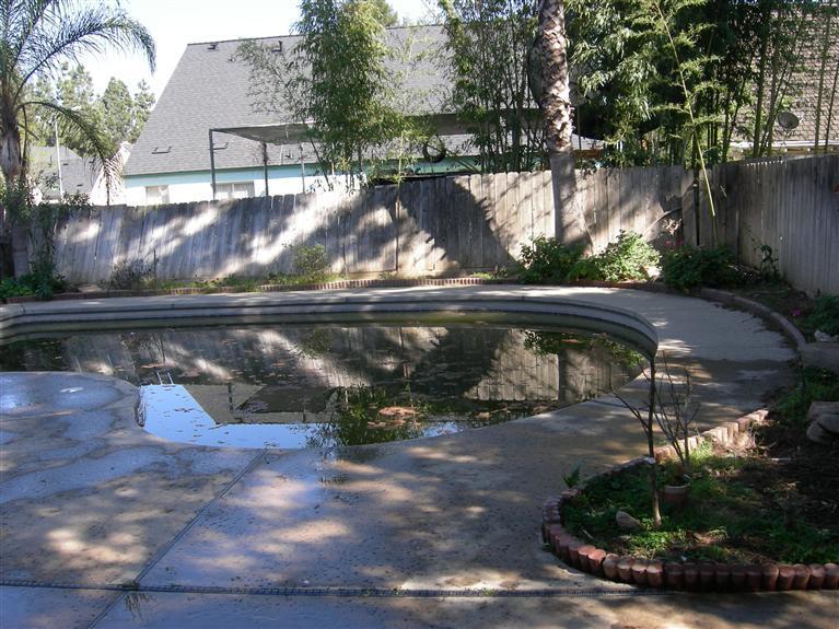5484 N Aurora Ave, Fresno CA 93722