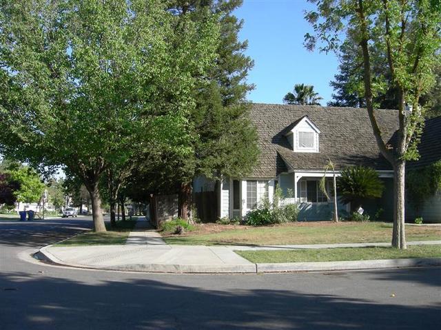 5484 N Aurora Ave, Fresno, CA
