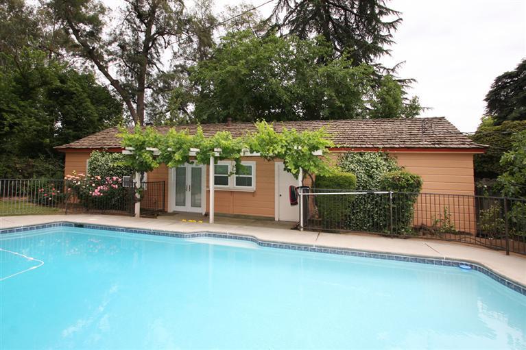 4274 N Wishon Ave, Fresno CA 93704