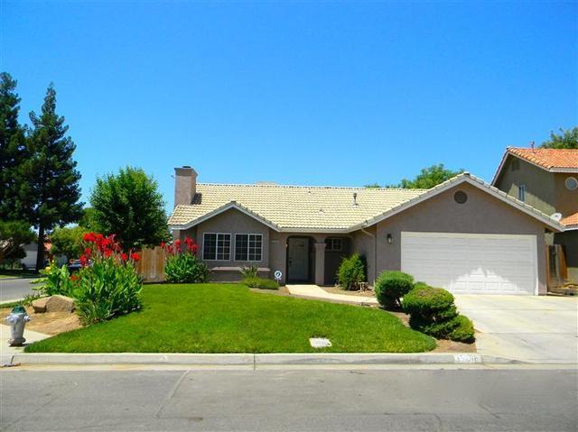 3529 N Berlin Ave, Fresno, CA 93722