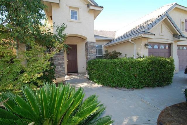 2773 Antonio Ave, Clovis, CA 93611