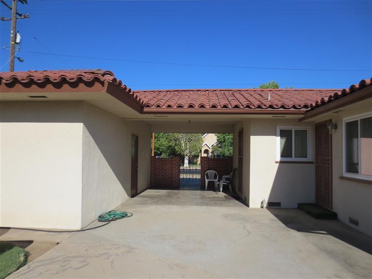 504 W Peralta Way, Fresno CA 93705