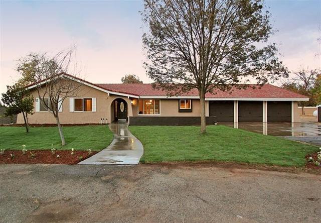5770 E Appaloosa Ave, Clovis, CA 93619