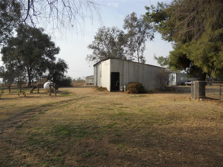 23696 Clayton Ave, Reedley CA 93654