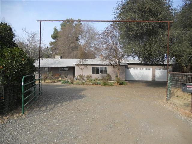23696 Clayton Ave, Reedley, CA 93654