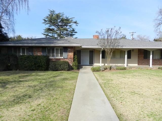 1608 W Dovewood Ln, Fresno, CA 93711