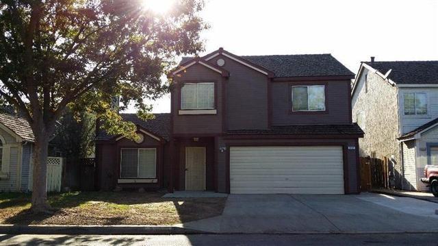 3307 N Dewey Ave, Fresno, CA 93722