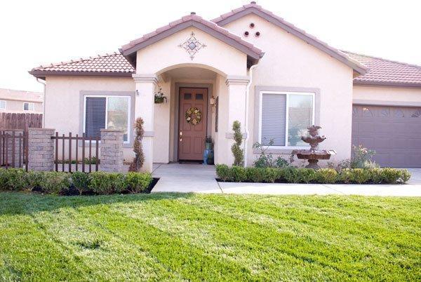 6069 E Fountain Way Fresno Ca 93727 Mls 440353 Movoto Com