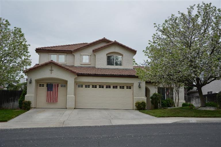 2914 Laverne Ave, Clovis, CA