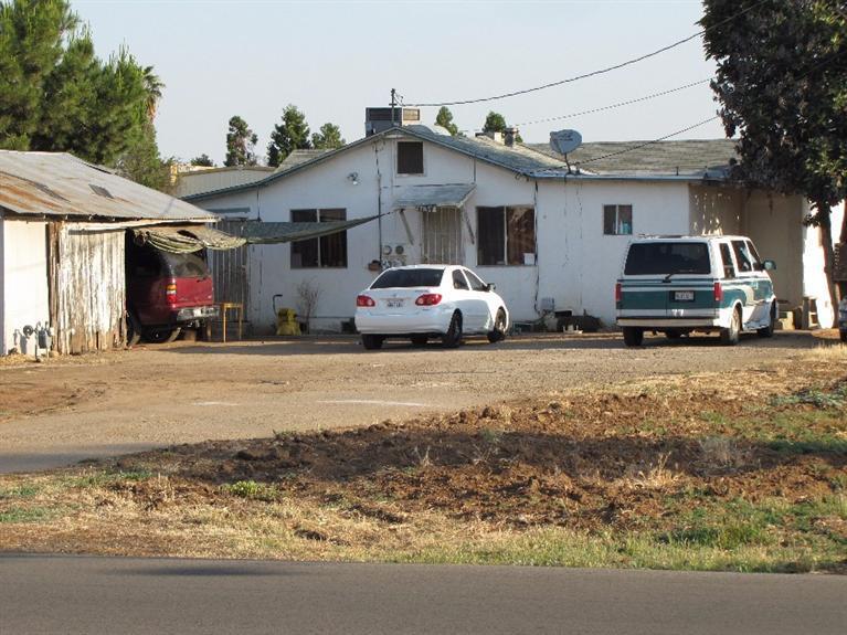 1104 Church Ave, Sanger, CA