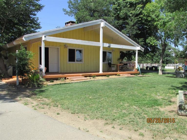 3725 W Olive Ave, Fresno CA 93722