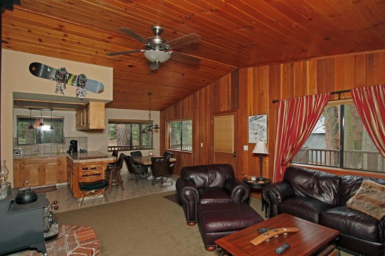 41962 Saddleback Rd, Shaver Lake, CA