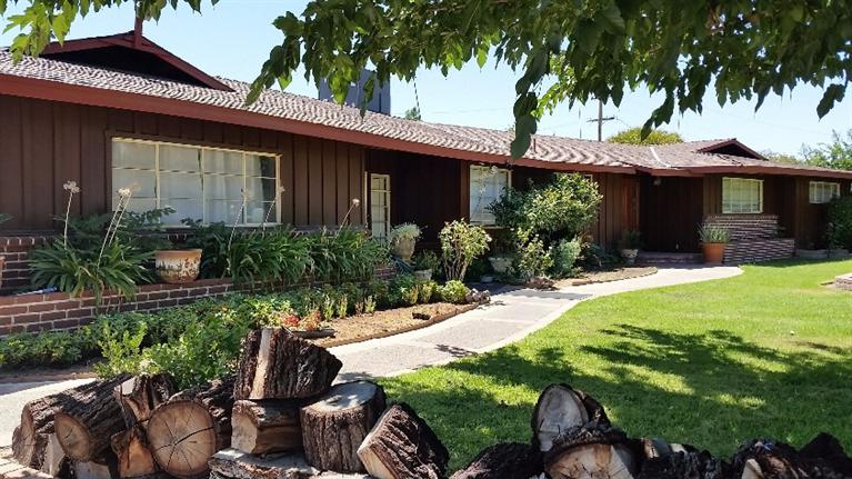5086 E Belmont Ave, Fresno, CA