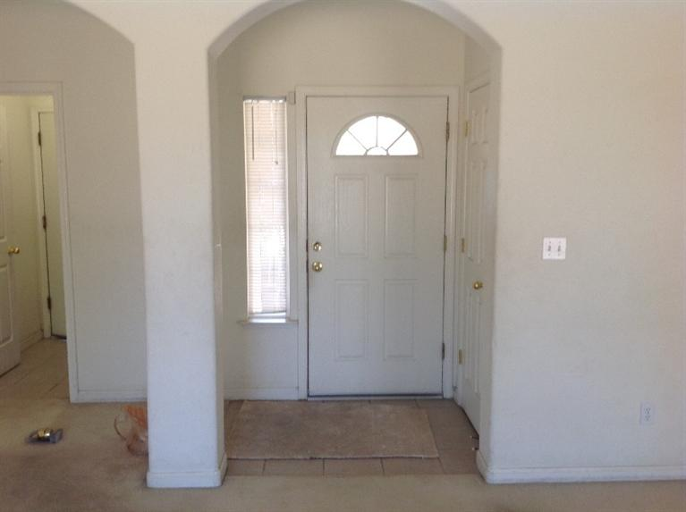 1598 Peachwood Street, Lemoore, CA 93245