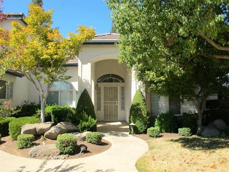1732 E Granada Ave, Fresno, CA