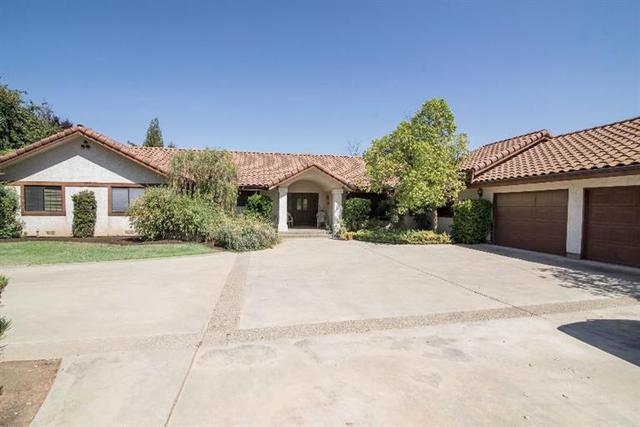 5034 N Indianola Ave, Clovis, CA 93619