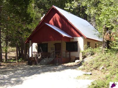 42077 Toyon Ln, Shaver Lake, CA 93664