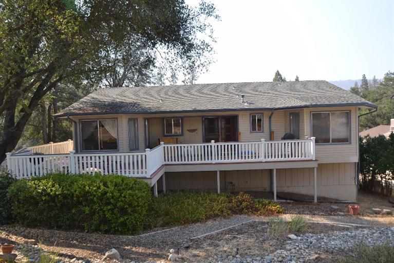 49538 Pierce Dr, Oakhurst, CA