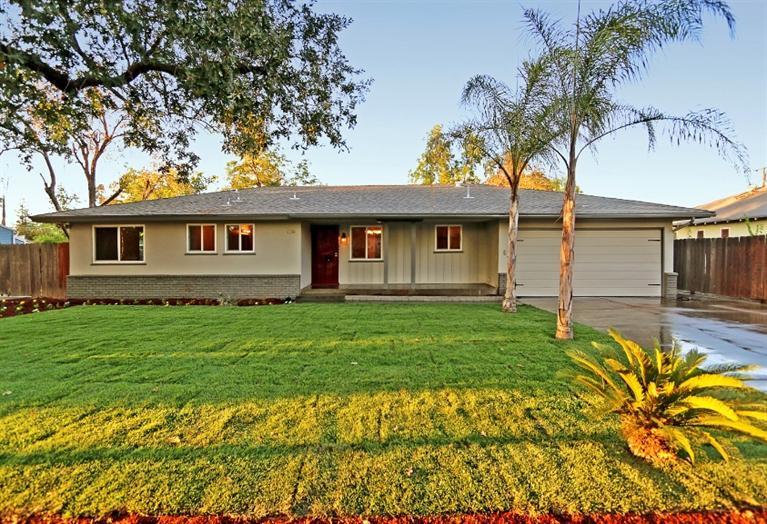 1135 E Sussex Way, Fresno, CA
