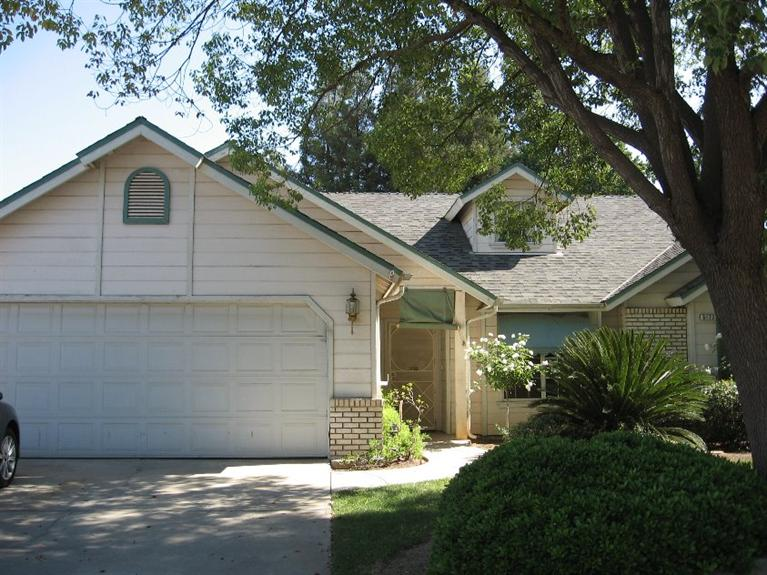 8172 N Backer Ave, Fresno, CA