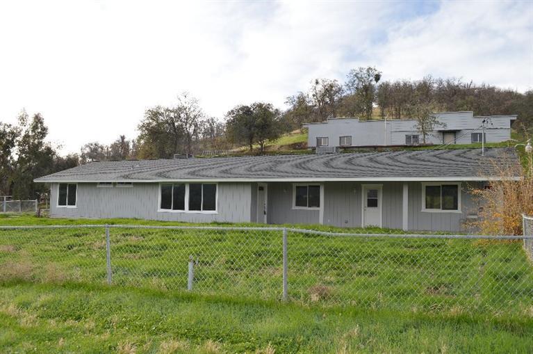 33521 Puma Ln, Squaw Valley, CA