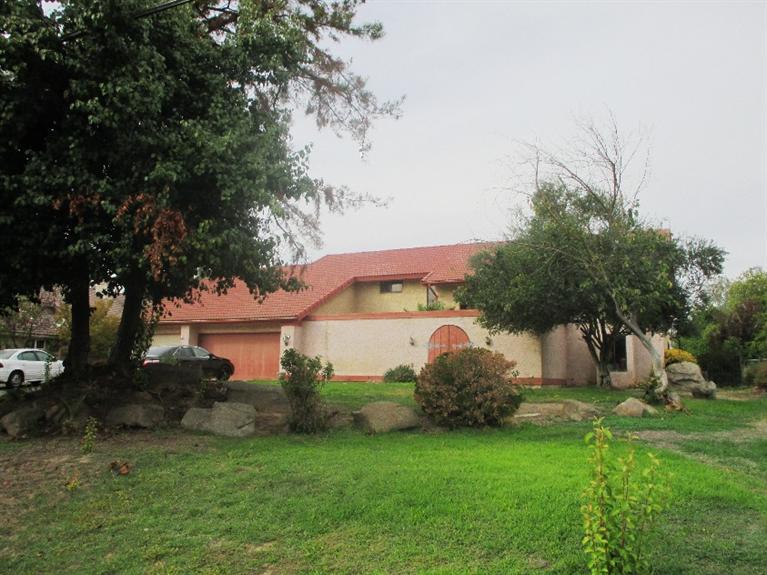 26255 Club Dr, Madera, CA