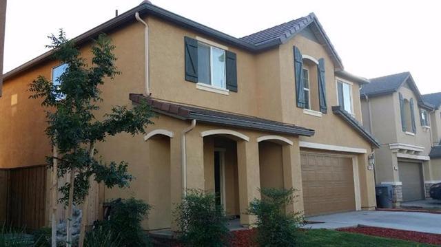 1418 E Almond Ave, Madera, CA