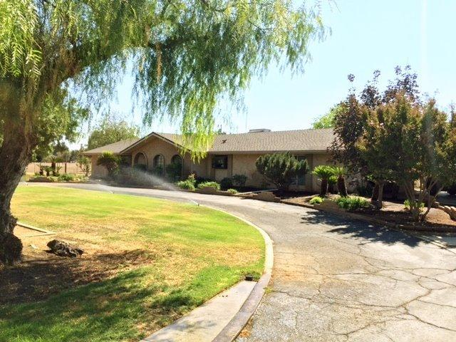 6583 N Highland Ave, Clovis, CA 93619