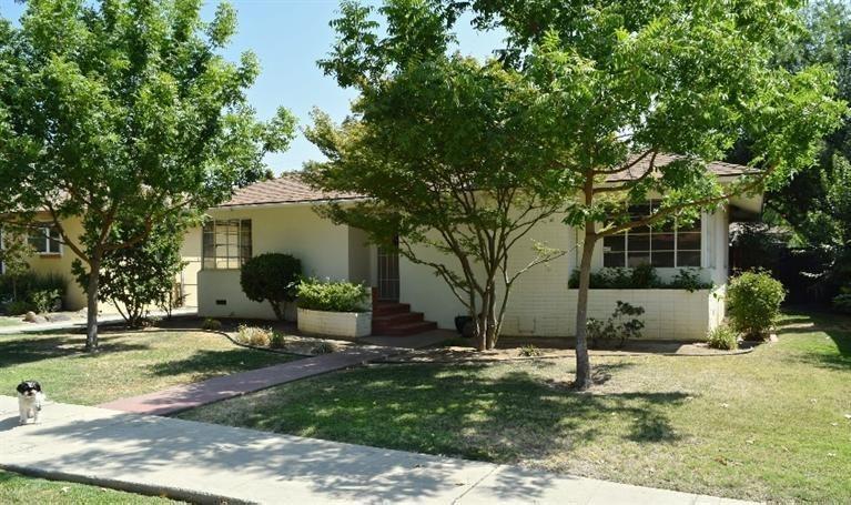 2446 N Thorne Ave, Fresno, CA