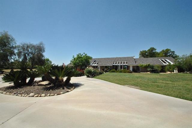 2523 Pederson Ave, Sanger, CA