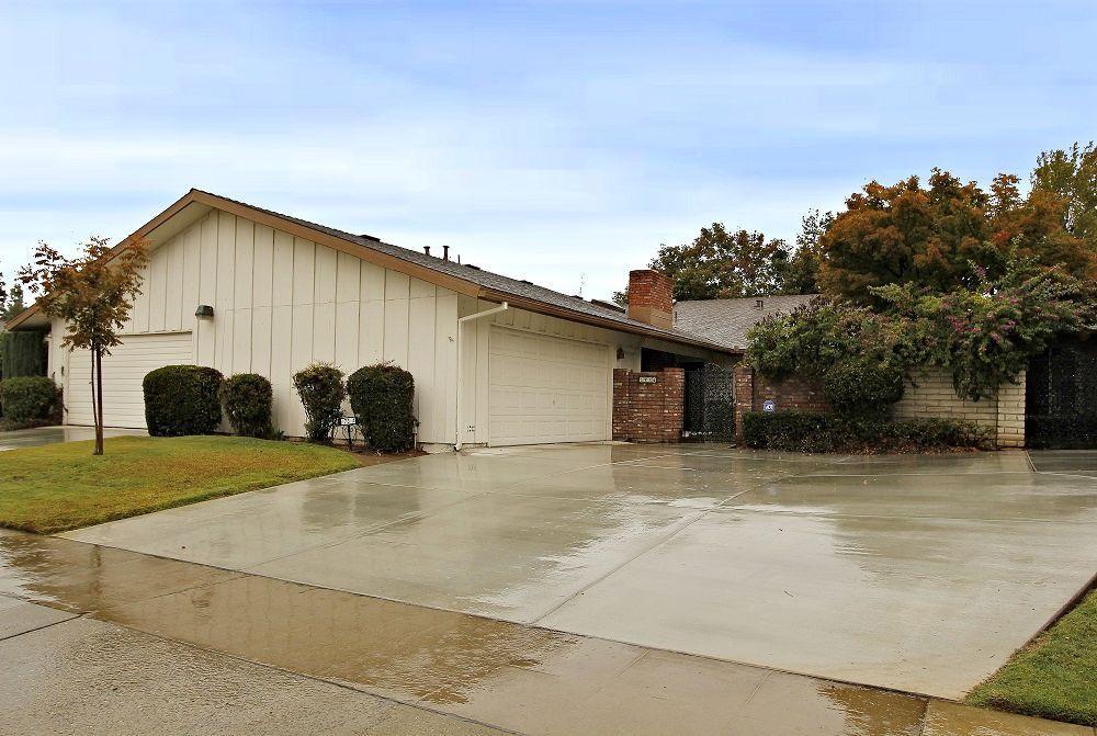 1736 W Calimyrna Ave #APT a, Fresno, CA