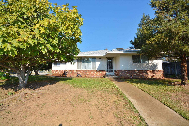 188 W Morris Ave, Fresno, CA