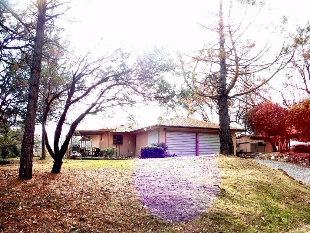 42888 W Mountain View Ln, Oakhurst, CA
