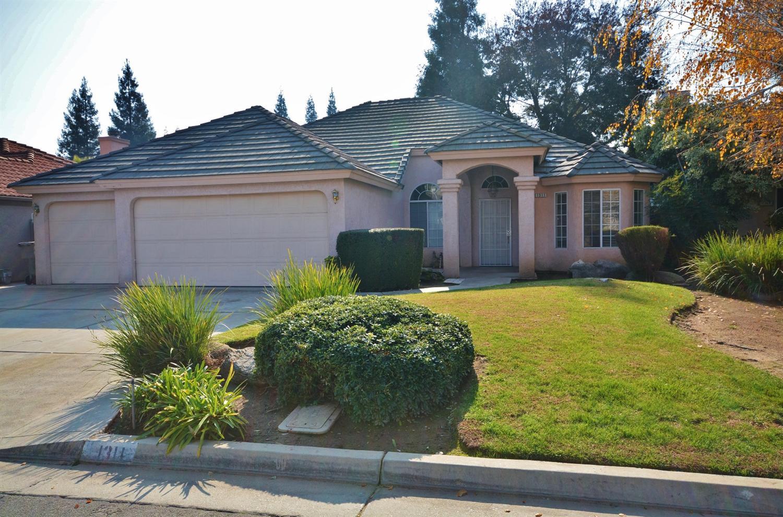 1311 E Quincy Ave, Fresno, CA