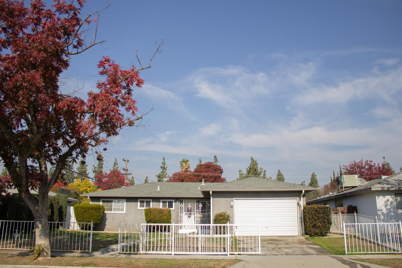 2348 W Fedora Ave, Fresno, CA