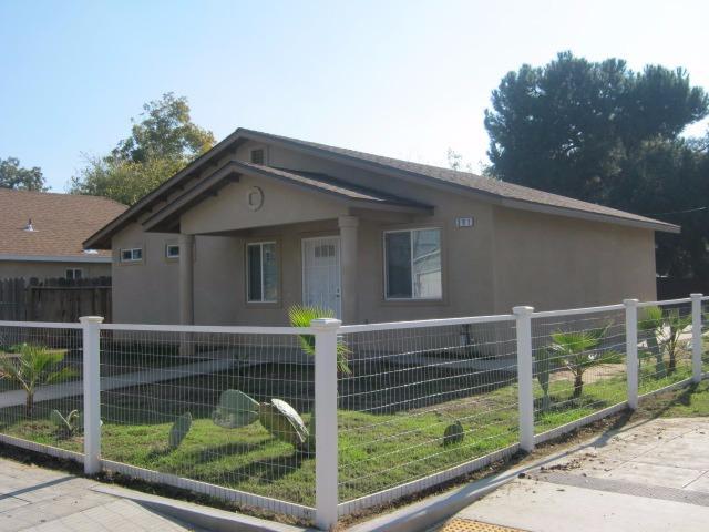 391 W Spruce Ave, Fresno, CA