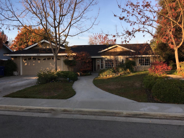 2517 24th Ave Ave, Kingsburg, CA