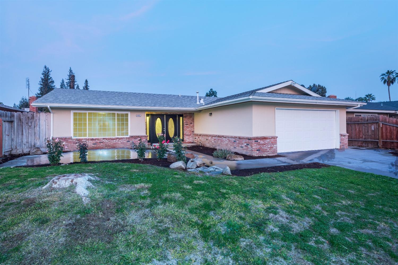 4552 N Warren Ave, Fresno, CA